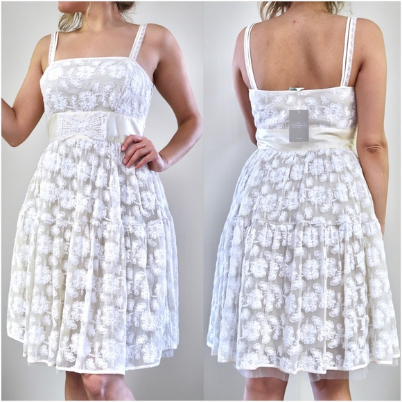 Anthropologie Dresses & Skirts - Gorgeous Anthropologie Cream Lace Summer Dress
